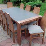 Stół drewniany GRZEŚ 2 z blatem kamiennym + krzesła drewniane JASIEK.H